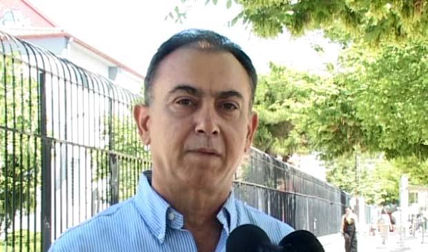 ΚΕΛΛΑΣ: «Οι Έλληνες ψηφίζουν για την παραμονή στο ευρώ»