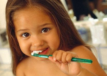 Προστατέψτε τα δόντια των παιδιών σας
