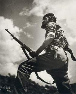 Πέθανε ο θρυλικός καπετάνιος του ΕΛΑΣ Μίμης Μπουκουβάλας