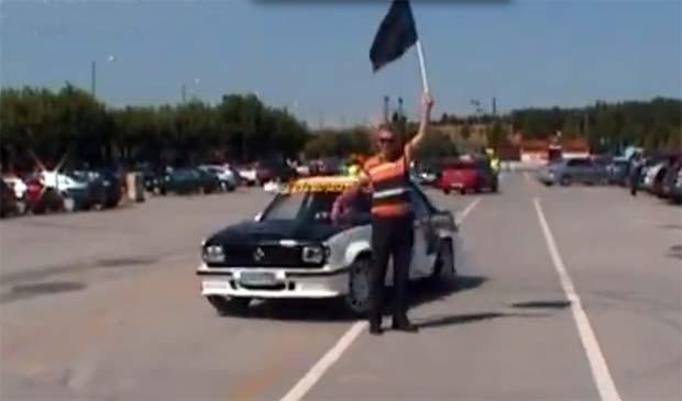 Εντυπωσιακές εικόνες από τη μηχανοκίνητη πορεία δανειοληπτών στη Λάρισα (video)