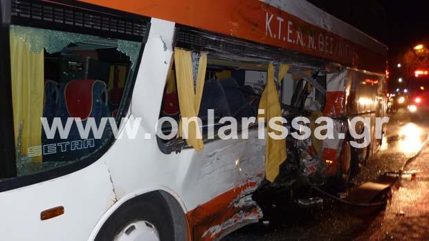 diaforetiko.gr : troxaio tebi 8 Ένας νεκρός και 13 τραυματίες από το τροχαίο στα Τέμπη