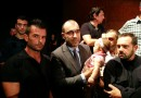 Με τη μικρή του κόρη αγκαλιά ορκίστηκε περιφερειακός σύμβουλος ο Ηλιόπουλος (video)
