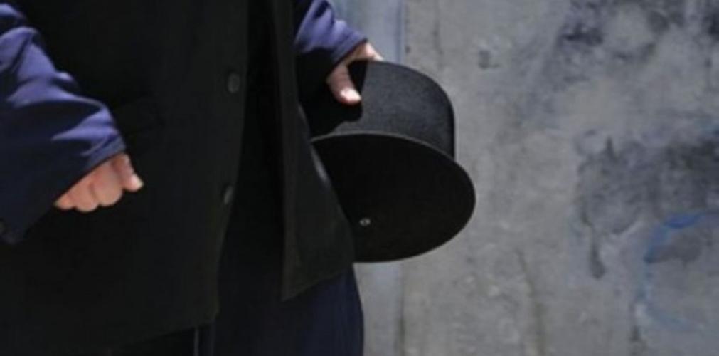 Καρτέρι μέρα μεσημέρι στο κέντρο της Λάρισας σε κληρικό- Με τη χρήση βίας του απέσπασαν σημαντικό χρηματικό ποσό