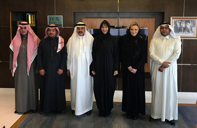 Φωτογραφίες: Στη Σαουδική Αραβία με μπούργκα η Ελενα Κουντουρά