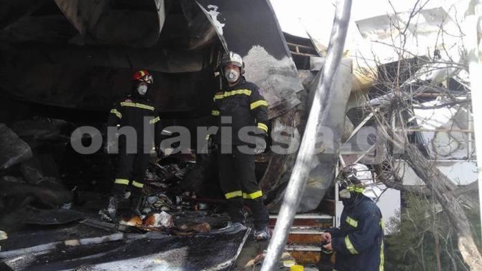 Λάρισα: Πυρκαγιά κατέστρεψε ολοσχερώς τυροκομείο
