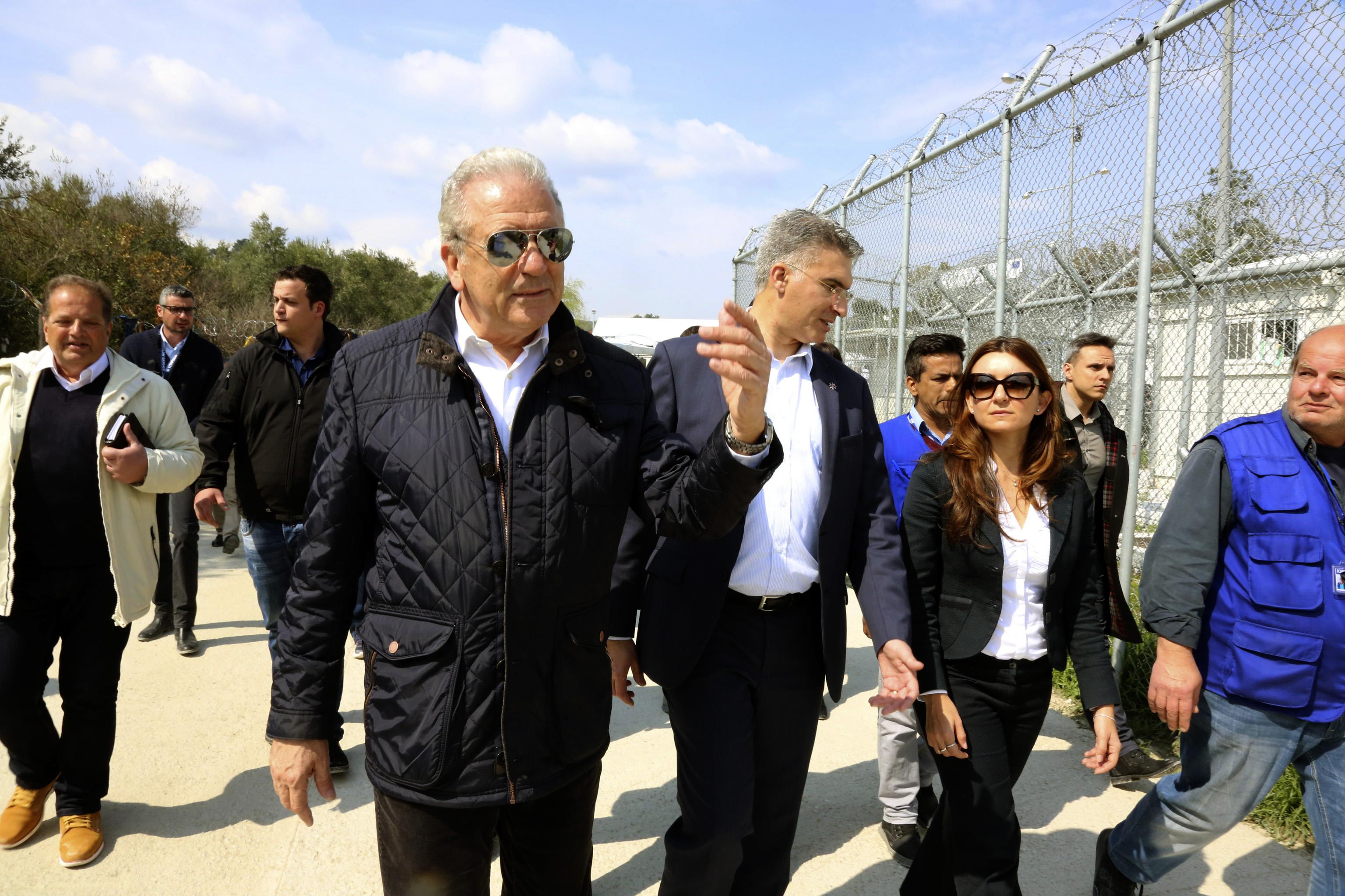 Αβραμόπουλος: Η συμφωνία ΕΕ-Τουρκίας δε πρέπει να επηρεαστεί από το κλίμα των ημερών