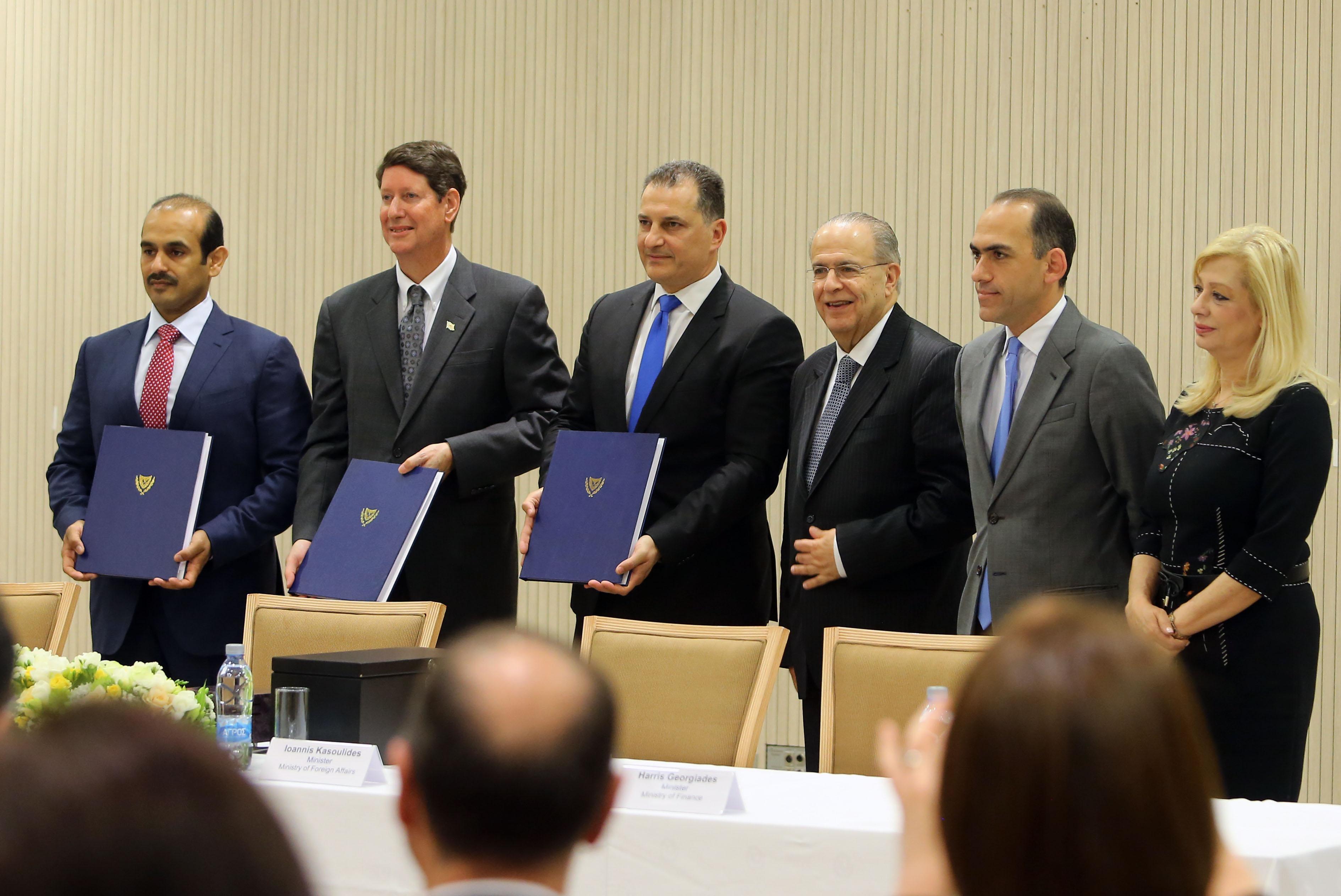 Έπεσαν οι υπογραφές για την εξερεύνηση του τεμαχίου 10 στην κυπριακή ΑΟΖ