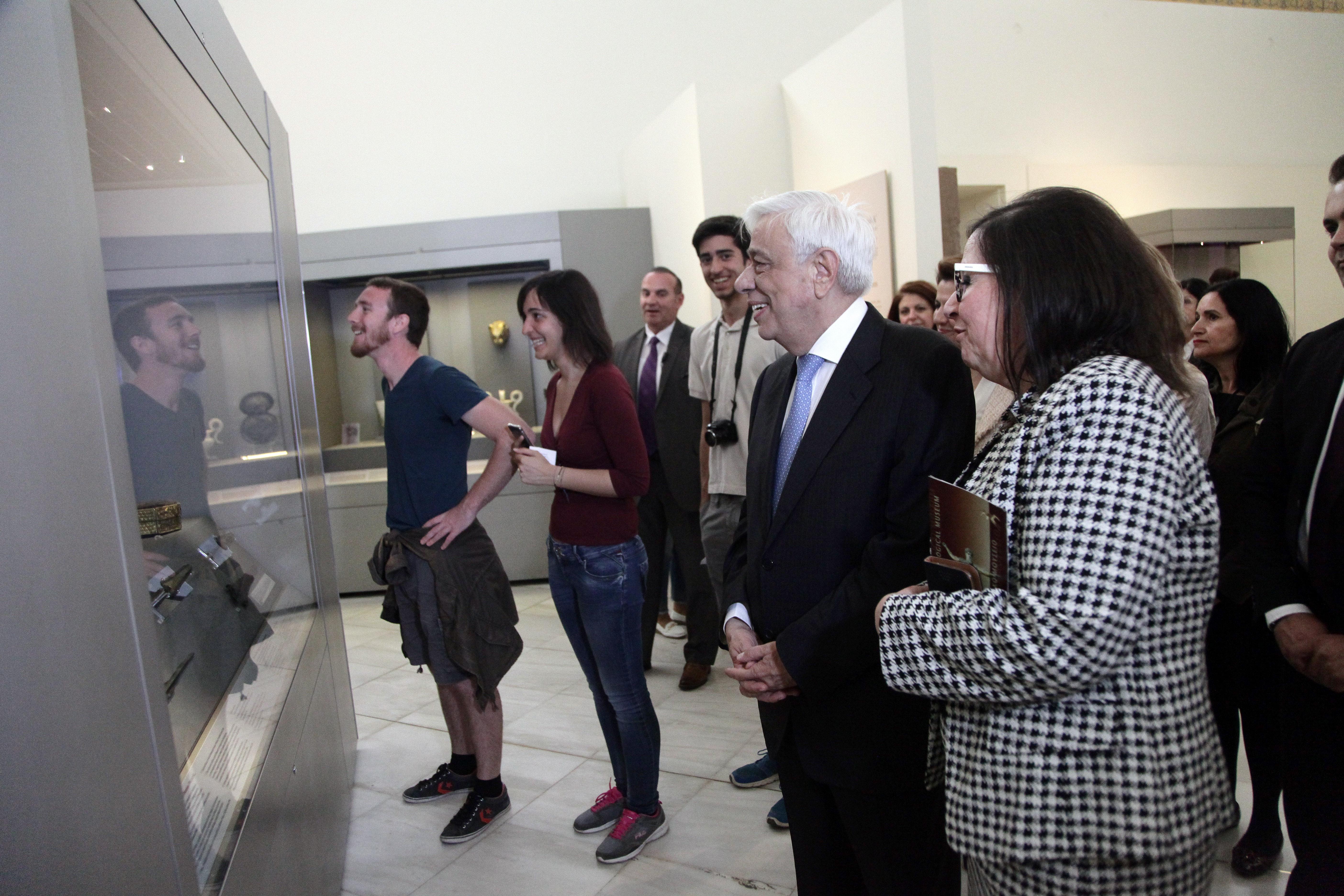 Στο Αρχαιολογικό Μουσείο της Αθήνας ο Παυλόπουλος