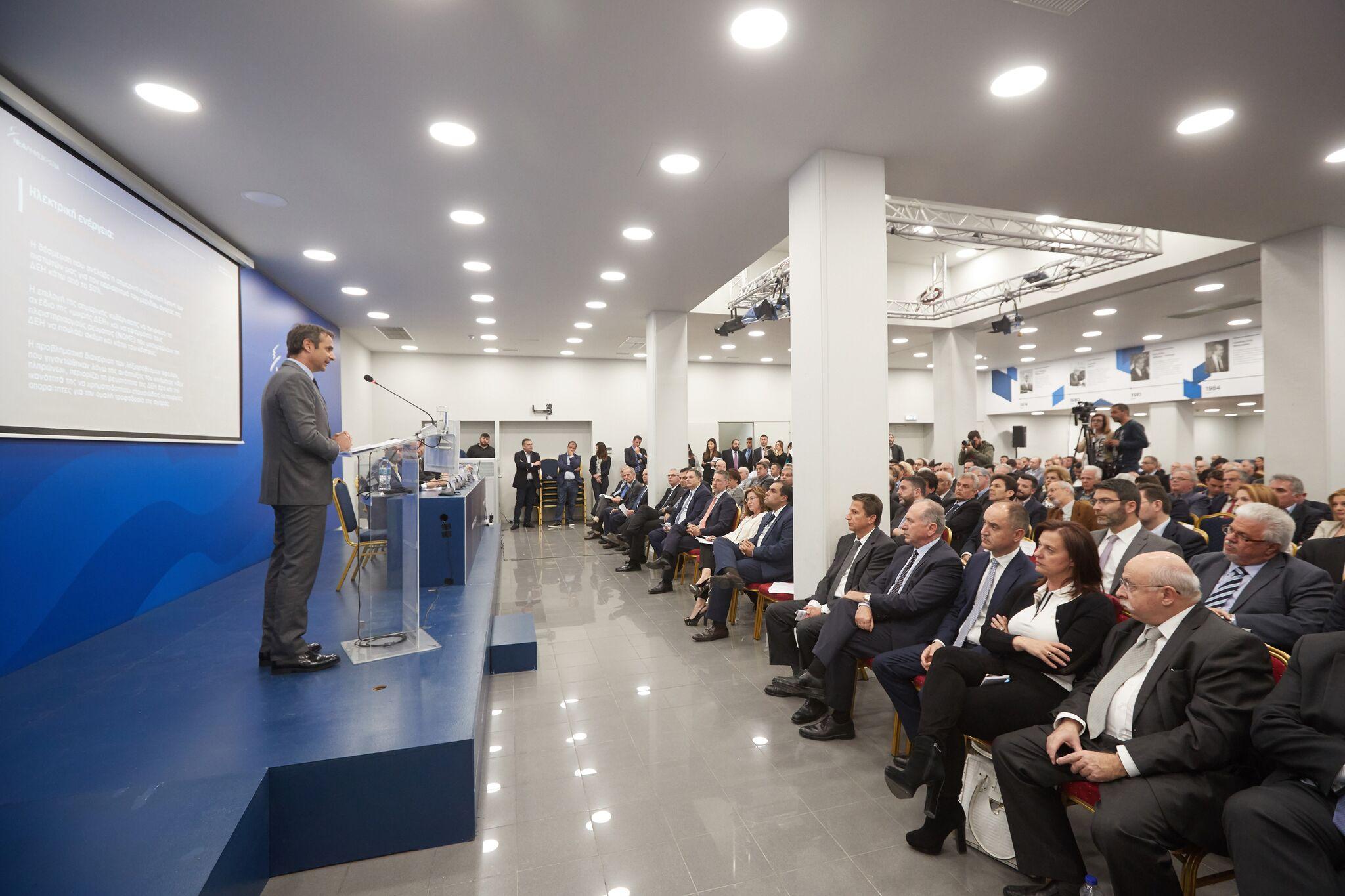 Το σχέδιο Μητσοτάκη για την ΔΕΗ: Ιδιωτικοποίηση του ΑΔΜΗΕ κατά 66%, εξυγίανση και στρατηγικός επενδυτής