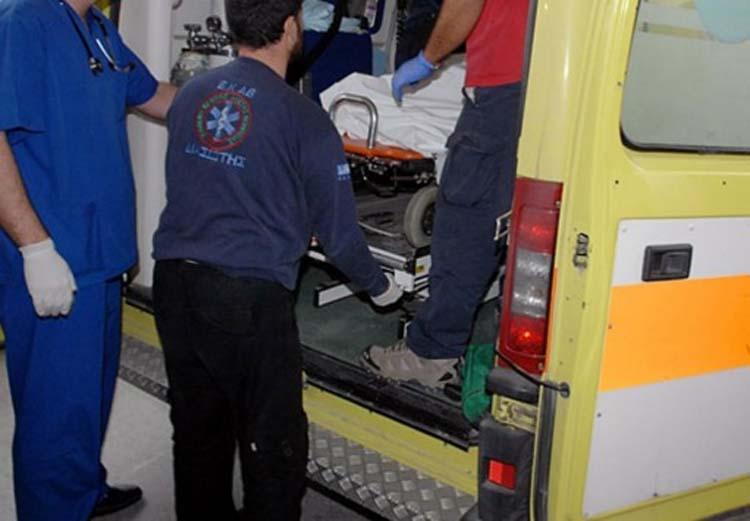 Αυτοκίνητο παρέσυρε γυναίκα στο κέντρο της Λάρισας - Μεταφέρθηκε στο νοσοκομείο