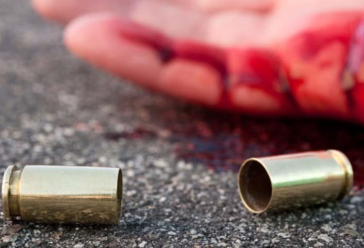 Σοκ: Νεαρός Λαρισαίος τραυματίστηκε από όπλο σε πάρκο στη Φαλάνη!