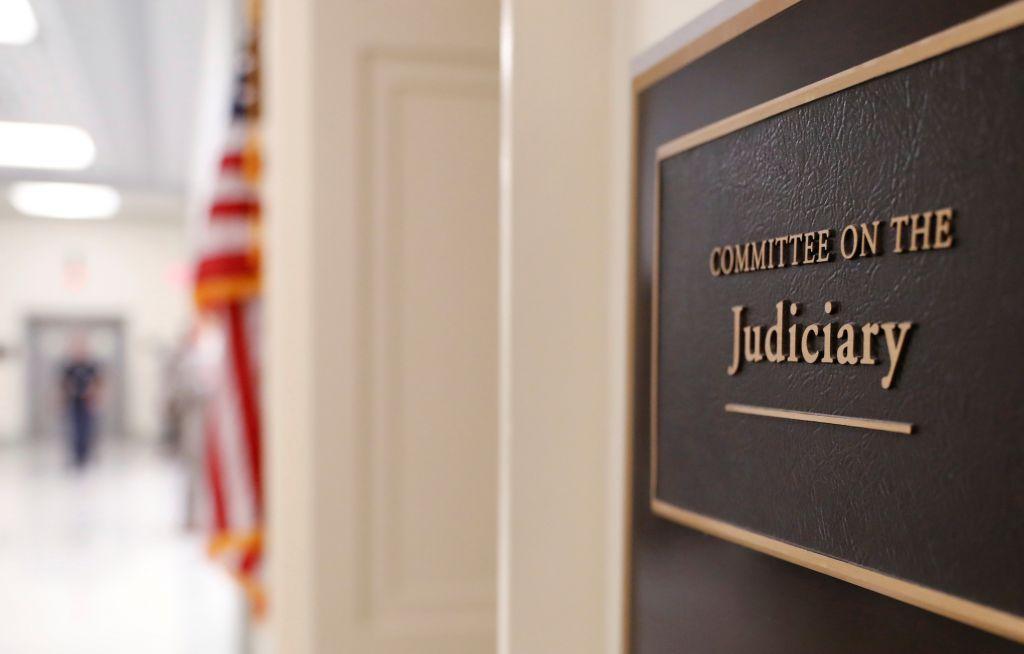 Πρώην πράκτορας του FBI αρνήθηκε να καταθέσει στο Κογκρέσο
