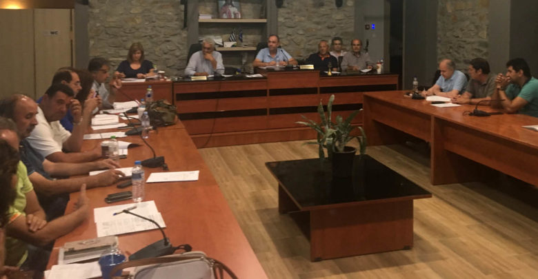 Ενίσχυση των πληγέντων και ματαίωση εκδηλώσεων αποφάσισε το δημοτικό συμβούλιο Τεμπών