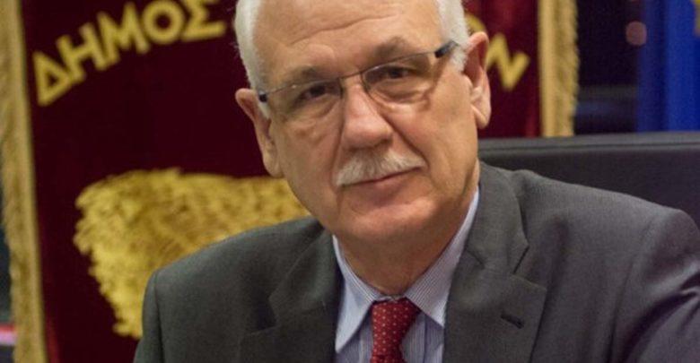 Διαψεύδει ο Απ. Καλογιάννης τα περί παραχώρησης του Αρχαίου Θεάτρου Λάρισας στο υπερταμείο
