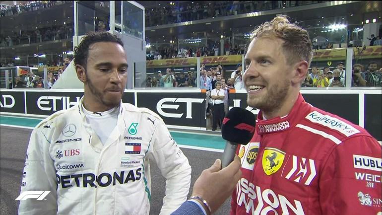 Αριστερά ο παγκόσμιος πρωταθλητής Lewis Hamilton και δεξιά ο Vettel. Και οι δύο μαζί έχουν κατακτήσει 9 παγκόσμιους τίτλους...