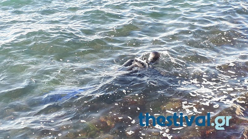Λήξη συναγερμού στη Θεσσαλονίκη - Μπουκάλι από βότκα το «βλήμα» που βρέθηκε στο Θερμαϊκό