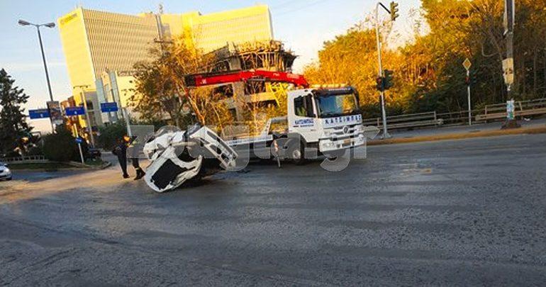 Τροχαίο ατύχημα με εκτροπή οχήματος στην Κηφισίας