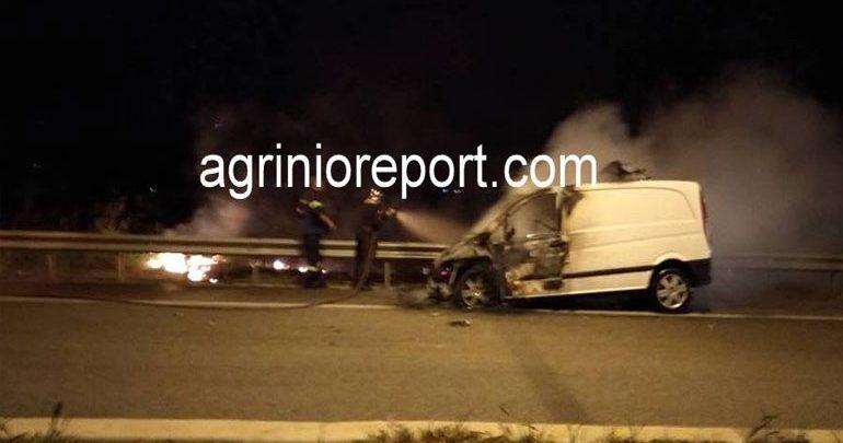 Ιόνια Οδός: Φωτιά σε όχημα τύπου κλούβας