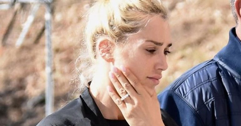 Βικτώρια Καρύδα: Εγκαταλείπει την Ελλάδα μετά τη δολοφονία του συζύγου της;