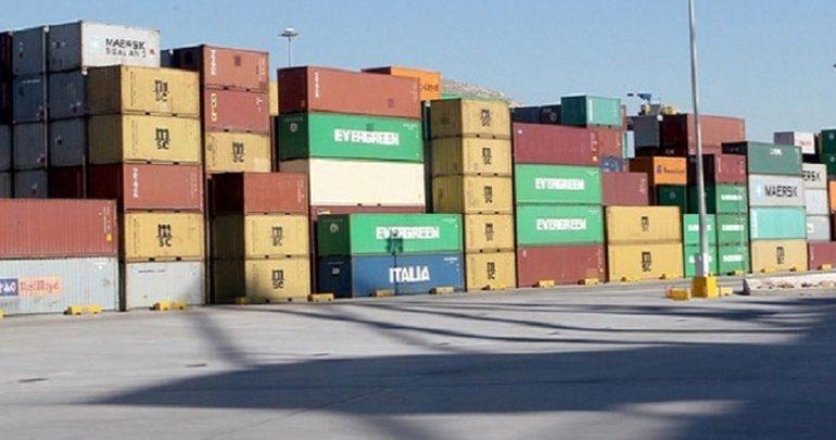 Aπαγορεύθηκε η εισαγωγή 225 τόνων ζωοτροφών στο τελωνείο του Πειραιά