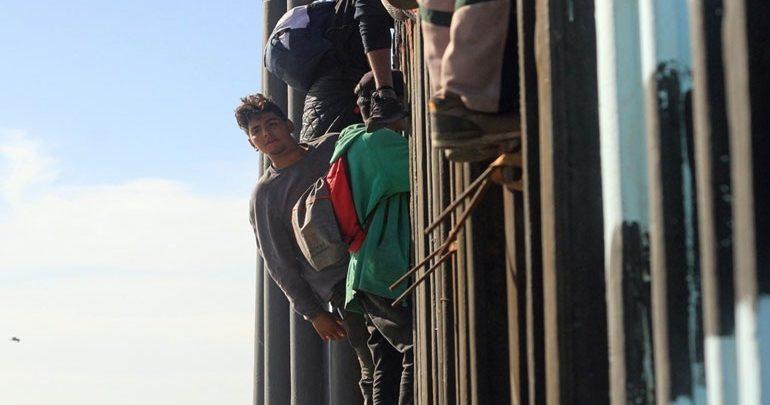 Μεξικό: Περισσότεροι από 1.500 μετανάστες από το καραβάνι έφθασαν στα αμερικανικά σύνορα