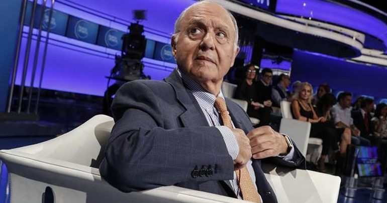 Corriere Della Sera: To ενδεχόμενο να παραιτηθεί εξετάζει ο Πάολο Σαβόνα
