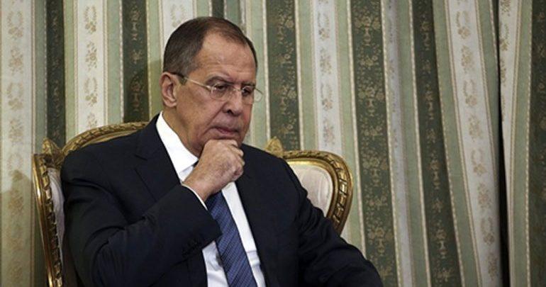 Λαβρόφ: Οι ΗΠΑ ενθαρρύνουν επικίνδυνες στρατιωτικές δράσεις κοντά στα σύνορα της Ρωσίας
