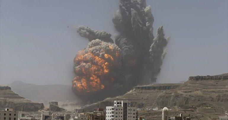 Υεμένη: Νέες αεροπορικές επιδρομές γύρω από τη Χοντάιντα, μάχες μέσα στην πόλη