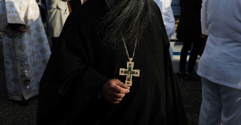 Τι μισθό παίρνει ο αρχιεπίσκοπος, τι παίρνουν οι παπάδες – Πόσο φτάνουν τα «τυχερά»