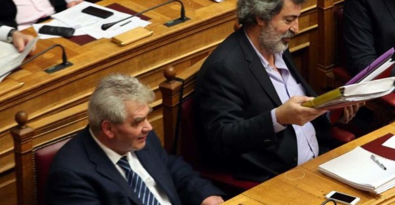 Ο κύβος ερρίφθη: Η κυβέρνηση τινάζει το πολιτικό σύστημα με δικαστικό τσουνάμι