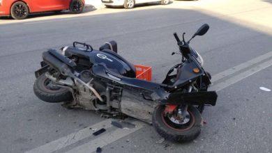 Στο νοσοκομείο 22χρονος Λαρισαίος μετά από σύγκρουση δικύκλου με αυτοκίνητο στη Γεωργιάδου (φωτό)