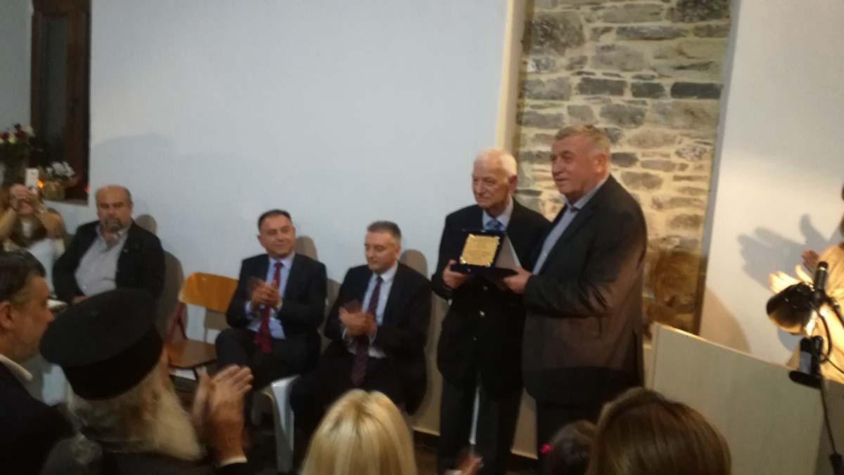 Κέλλας σε τιμητική εκδήλωση στον Αγ. Γεώργιο Δήμου Κιλελέρ: Πρότυπο για τους νέους επιστήμονες ο ιατρός Θωμάς Τσικρίκας