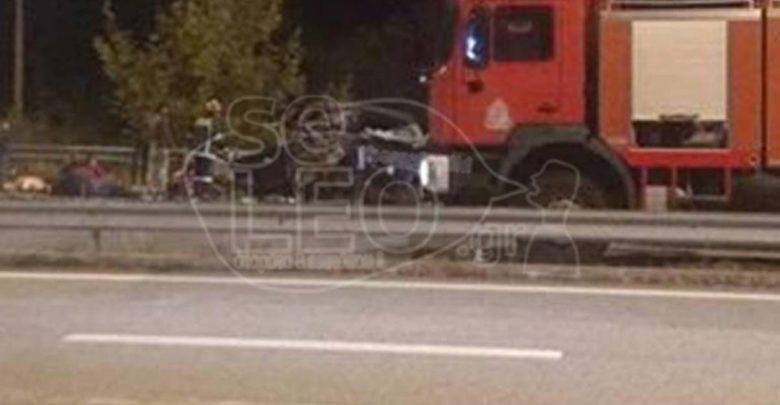 Σφοδρή σύγκρουση νταλίκας με φορτηγό που μετέφερε πρόσφυγες έξω από τη Θεσσαλονίκη – Ανήλικοι ανάμεσα στους τραυματίες!