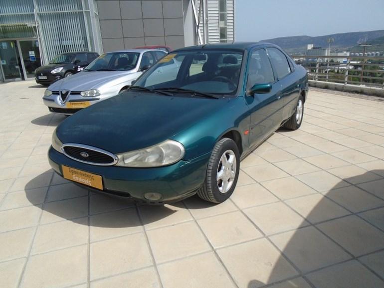 Το συγκεκριμένο Ford Mondeo πωλείται 900 ευρώ (πατήστε στην φωτογραφία για να δείτε λεπτομέρειες)