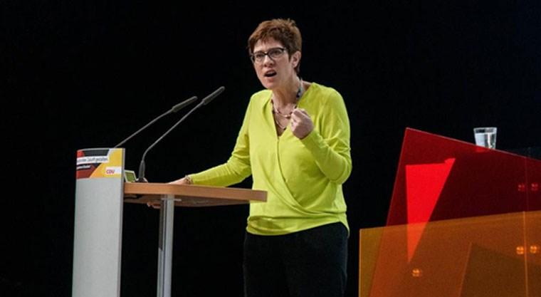 Η Ανεγκρέτ Κραμπ-Καρενμπάουερ
