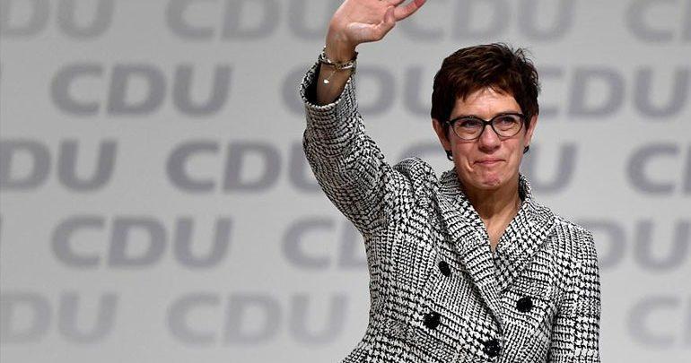 Γερμανία: Η Άνεγκρετ Κραμπ-Καρενμπάουερ νέα Πρόεδρος του CDU