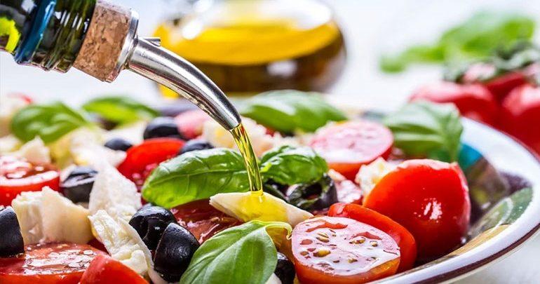 Νέα επιστημονική έρευνα δείχνει ότι η μεσογειακή διατροφή μειώνει τον καρδιαγγειακό κίνδυνο