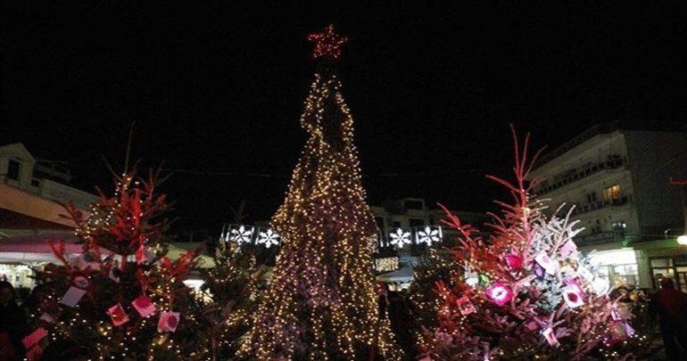 Πάτρα: Αναβλήθηκε  η τελετή εγκαινίων του Χριστουγεννιάτικου Χωριού