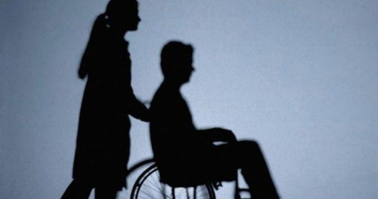 Επιλεκτική έξωση καταγγέλλουν οι σύλλογοιατόμων με Σκλήρυνση κατά Πλάκας και Αναπηρίες