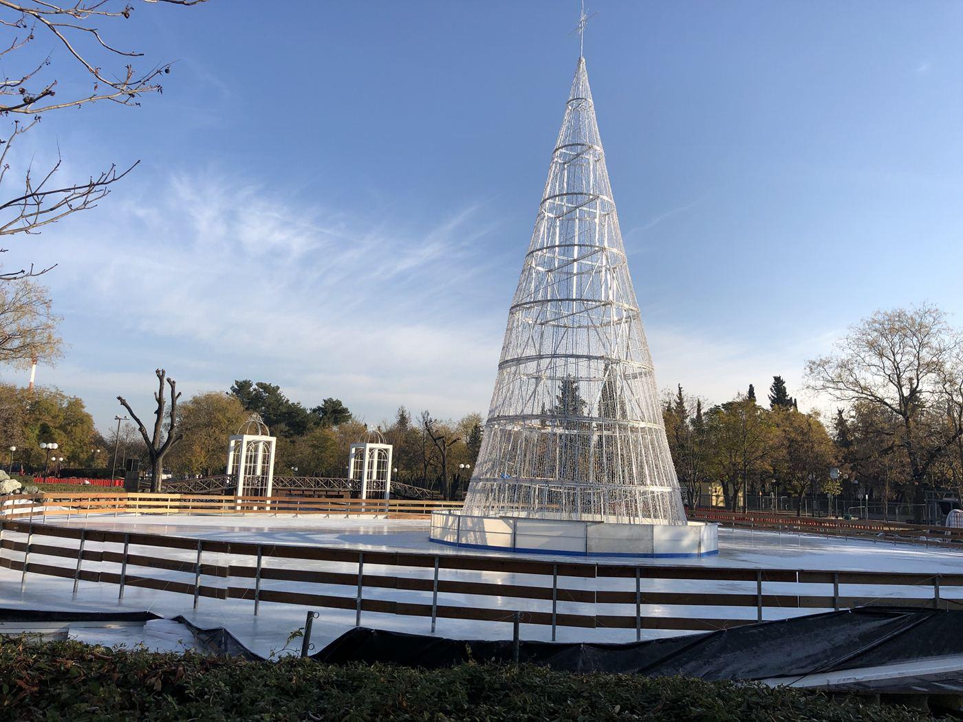 """Αυτό είναι το φετινό """"Πάρκο των Ευχών"""" - Δείτε φωτογραφίες λίγες ώρες πριν τα εγκαίνια"""