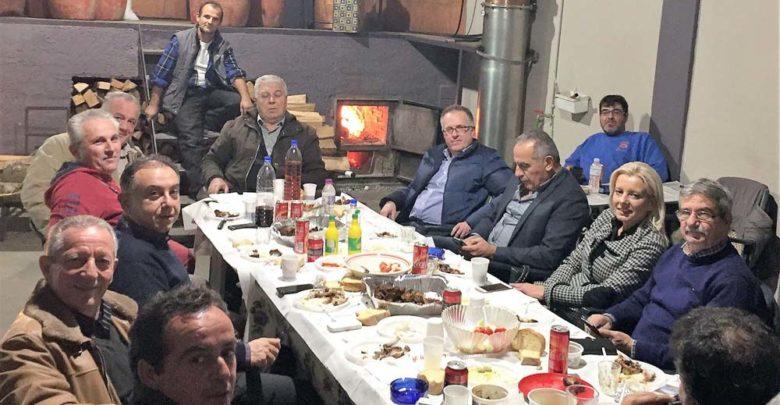 """Πολιτικά """"μαγειρέματα"""" στο καζαναριό του προέδρου"""