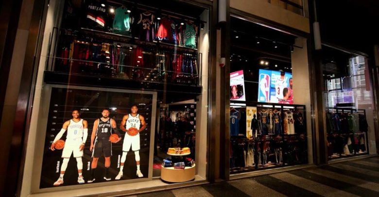 Το ΝΒΑ άνοιξε Store στο Μιλάνο με την μορφή του Γιάννη να ξεχωρίζει!
