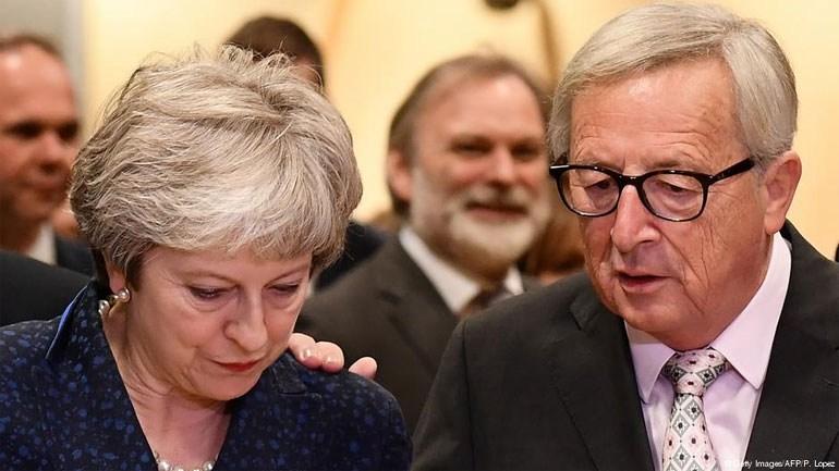 DW: Ο μακρύς δρόμος της Βρετανίας προς την έξοδο