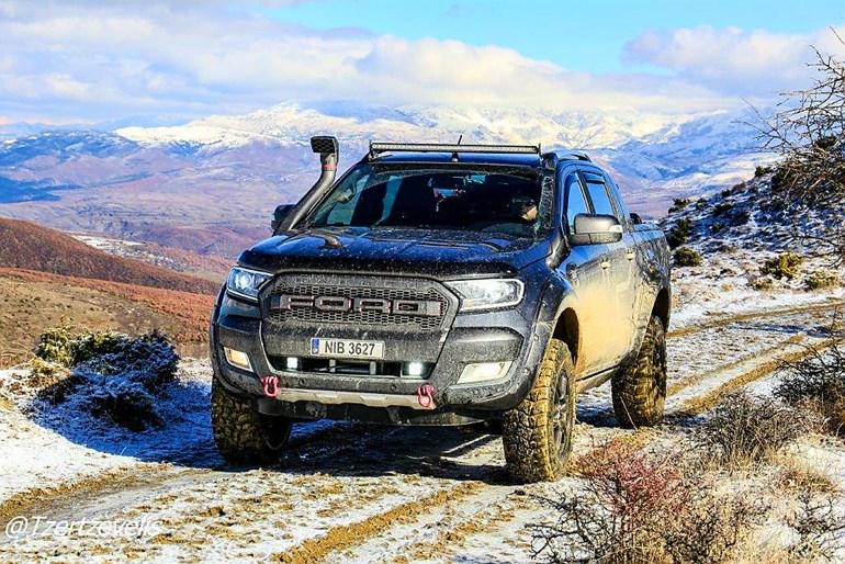 Μέρες που είναι και με χιόνι αυτό το Ranger το απολαμβάνεις...