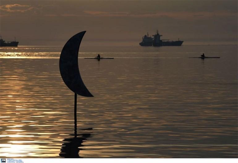 Θεσσαλονίκη: Επέστρεψε στη Νέα Παραλία το «Φεγγαράκι στην Ακτή»