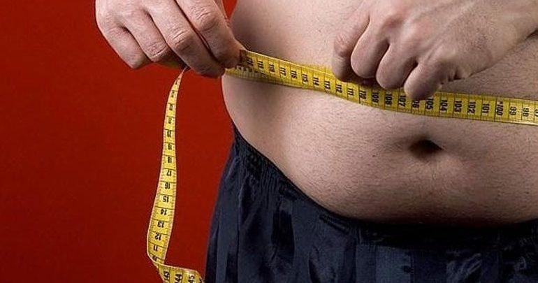 Οι παχύσαρκοι με «σαμπρέλα» στη μέση έχουν μικρότερο όγκο εγκεφάλου