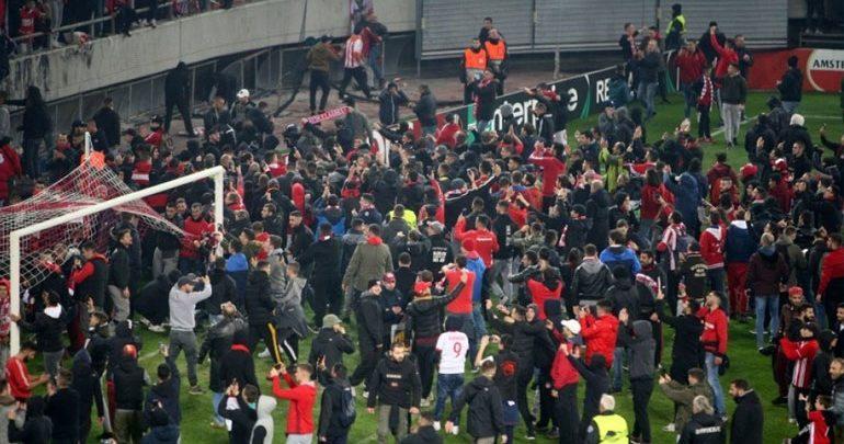 Με αναστολή η τιμωρία του Ολυμπιακού από την UEFA - Θα παίξει με κόσμο κόντρα στην Ντιναμό Κιέβου