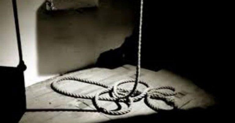 Φθιώτιδα: Ηλικιωμένος κρεμάστηκε από το χερούλι της πόρτας