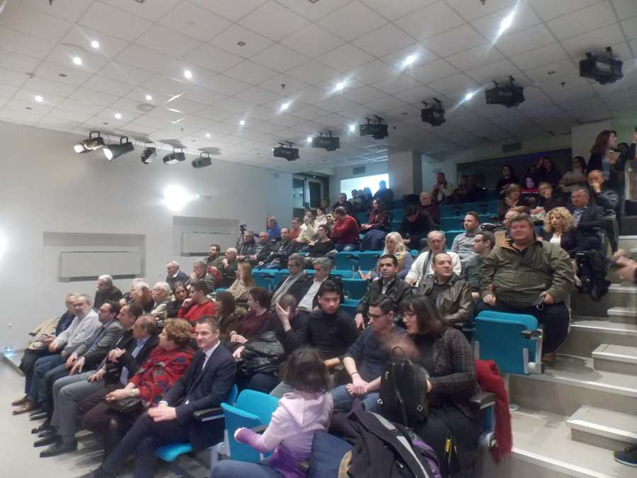 Διαστάσεις επιδημίας έχουν πάρει τα «Fake news» - Τί συζητήθηκε σε ενδιαφέρουσα εκδήλωση στη Λάρισα (φωτο)