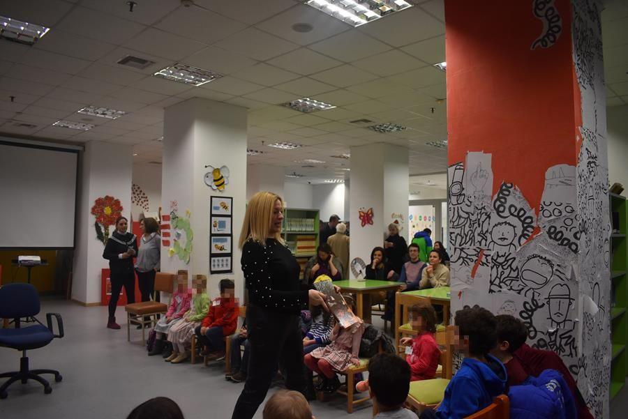 Παιδικά χαμόγελα γέμισαν την Δημόσια Κεντρική Βιβλιοθήκη Λάρισας το απόγευμα της Δευτέρας
